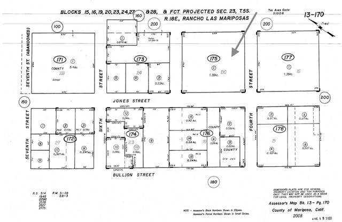 2 Jones Street, Mariposa CA: http://media.crmls.org/medias/e3564e4e-06df-4a76-bcd8-f3b234df5640.jpg