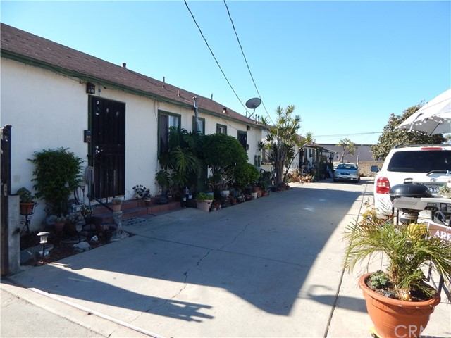 Photo of 322 Baker Street, Placentia, CA 92870