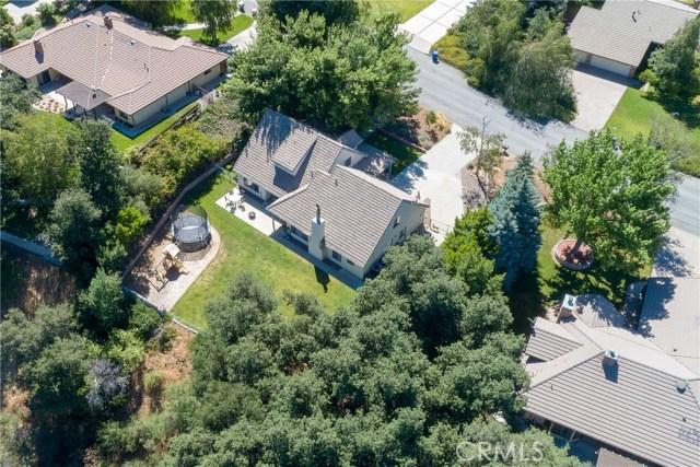 13086 Oak Crest Drive, Yucaipa CA: http://media.crmls.org/medias/e368403b-6a6b-44c2-b5a2-903d14da1be1.jpg