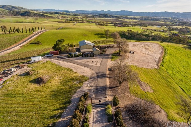 Property for sale at 1270 Pina Selva Place, Templeton,  CA 93465