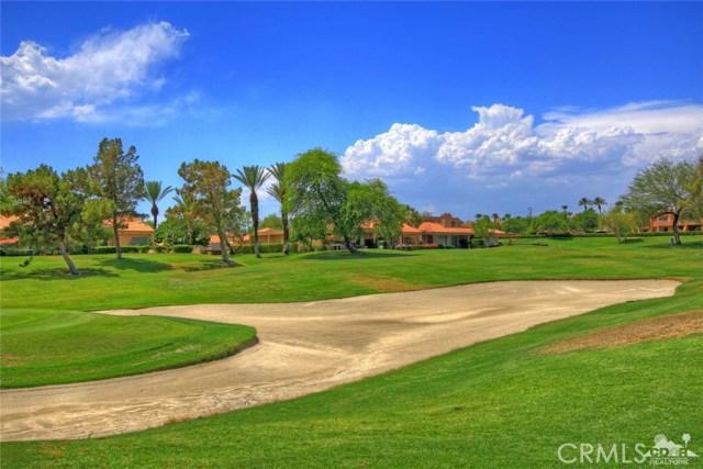75 Augusta Drive, Rancho Mirage CA: http://media.crmls.org/medias/e37cf5c9-f45b-45ff-b9d5-be146f45bc67.jpg