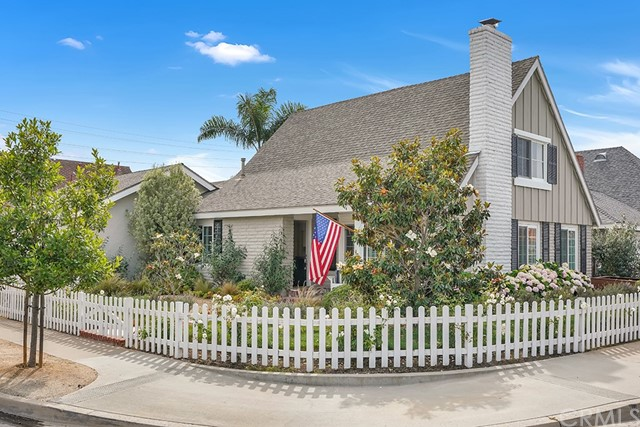 Photo of 1611 Aliso Avenue, Costa Mesa, CA 92627