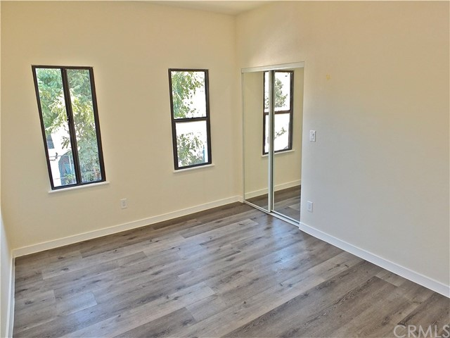 1629 W 37th Place, Los Angeles CA: http://media.crmls.org/medias/e38c8bde-c8d7-40b5-b7f3-3c4f20ce1112.jpg