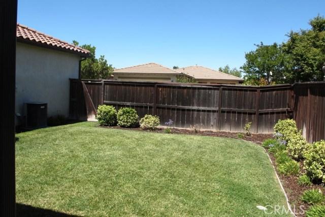 2450 Altadena Lane, Paso Robles CA: http://media.crmls.org/medias/e39f51da-27a7-452e-80a7-145ecd75add4.jpg