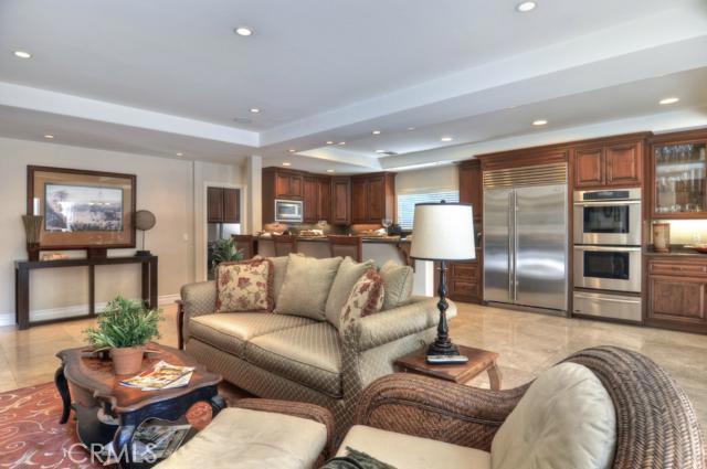 1701 Highland Drive, Orange, California 92660, 4 Bedrooms Bedrooms, ,2 BathroomsBathrooms,HOUSE,For sale,Highland,OC13052750