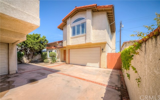 18538  Regina Avenue, one of homes for sale in Torrance