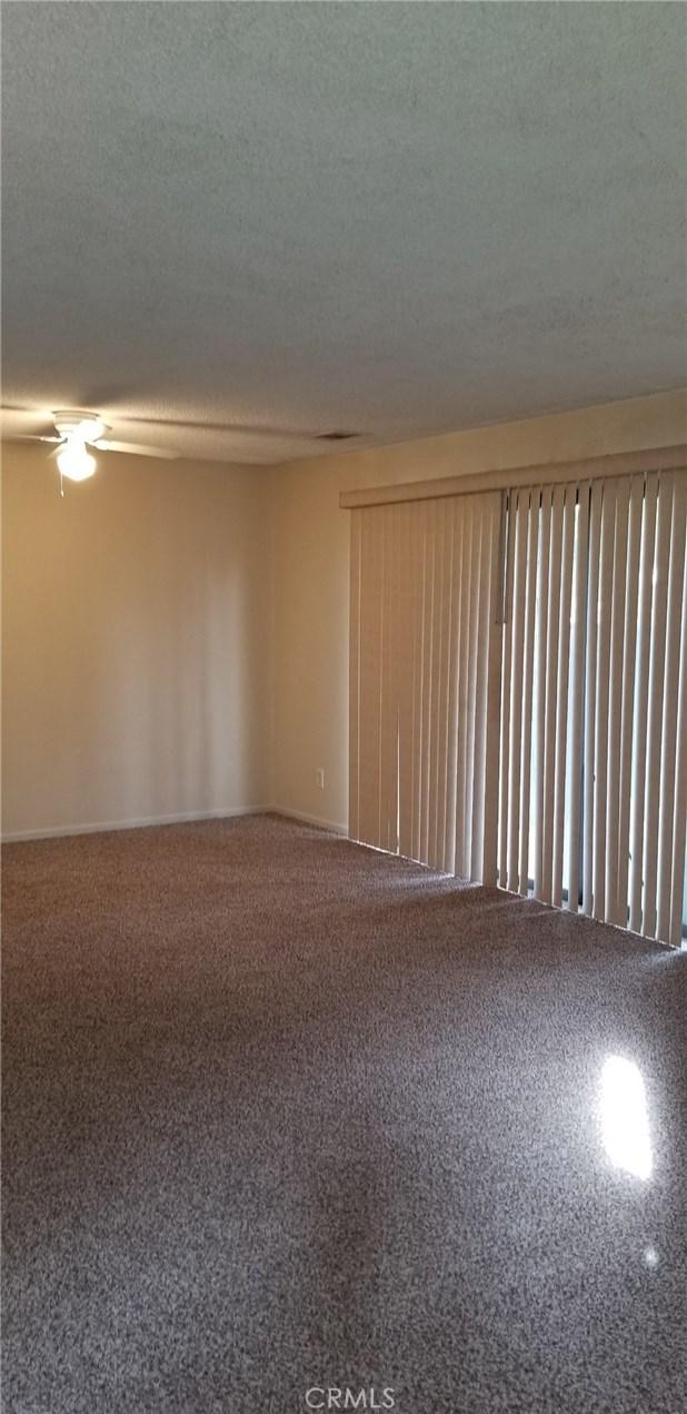1151 S Chestnut Avenue, Fresno CA: http://media.crmls.org/medias/e3ac9722-4c42-415e-bc50-444f12db617f.jpg