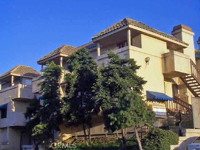6025 Estelle Street San Diego, CA 92115