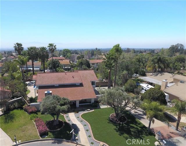 Casa Unifamiliar por un Venta en 9573 Golden Street Alta Loma, California 91737 Estados Unidos