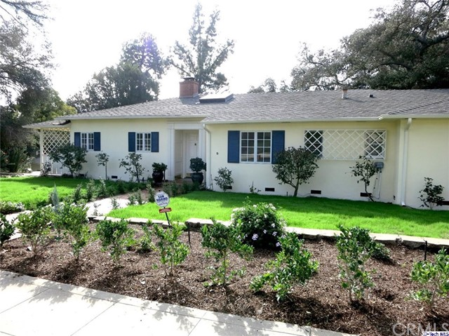 Single Family Home for Rent at 900 Arden Road Pasadena, California 91106 United States