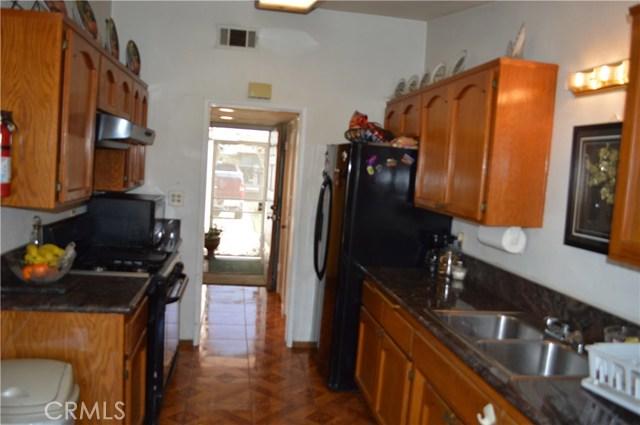 25474 Gentian Avenue, Moreno Valley CA: http://media.crmls.org/medias/e3cf8f8f-d467-48d0-984f-71e5cd97c87e.jpg