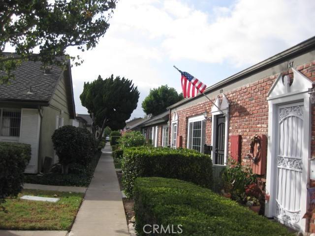 141 Morristown Ln, Costa Mesa, CA 92626 Photo