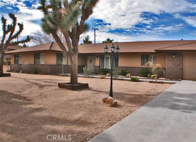 8138 Grand Avenue, Yucca Valley CA 92284