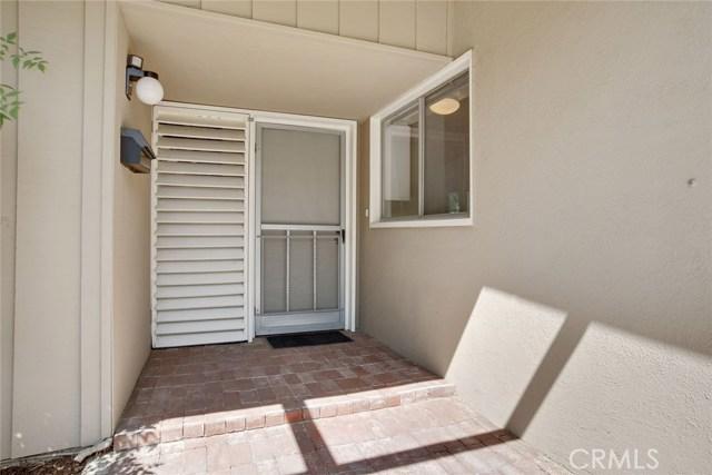 17949 Hatton Street, Reseda CA: http://media.crmls.org/medias/e3f5426e-6533-46b0-943c-d746d3e4aca4.jpg