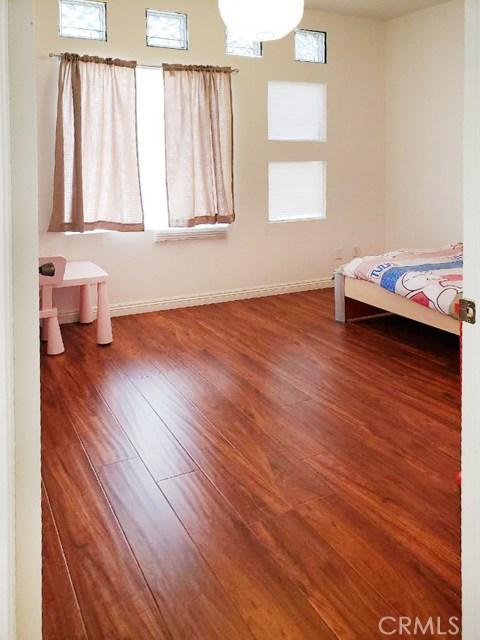 503 N 3rd Street, Alhambra CA: http://media.crmls.org/medias/e4074070-63fe-4674-a022-25eefa33c264.jpg
