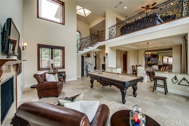 Single Family Home for Sale at 387 S Henning Way 387 S Henning Way Anaheim Hills, California 92807 United States