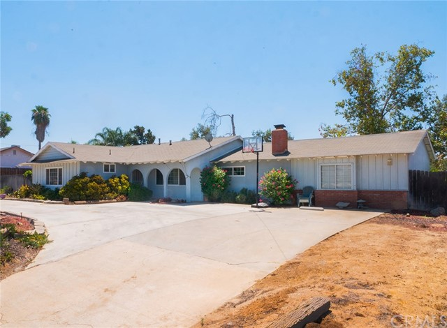Photo of 18591 Roberts Road, Woodcrest, CA 92508