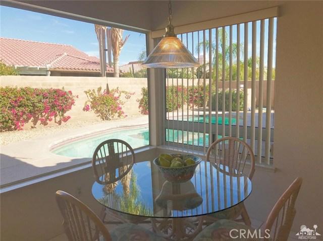 77528 Westbrook Court, Palm Desert CA: http://media.crmls.org/medias/e4200c8a-7884-491d-acb6-a95d54d46406.jpg
