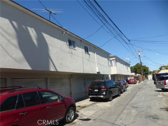11142 S Mariposa Avenue, Los Angeles CA: http://media.crmls.org/medias/e42469dc-a5c0-4493-a950-31db67cb4bbb.jpg