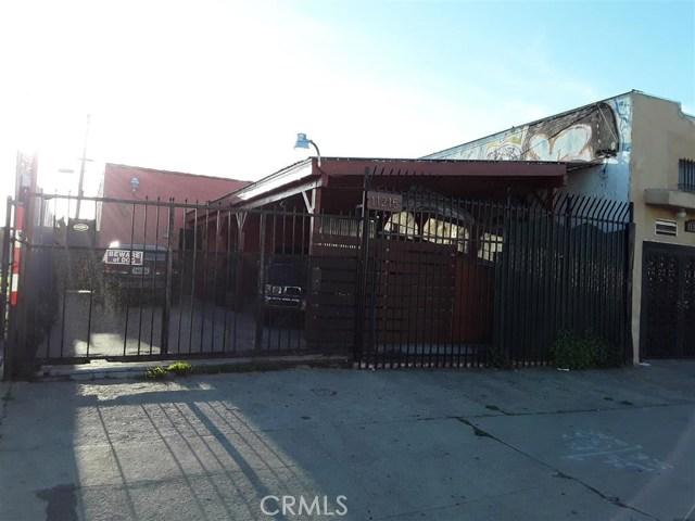 11213 S Central Avenue, Los Angeles CA: http://media.crmls.org/medias/e429be74-a968-4ccf-a081-220bd1c7a09c.jpg