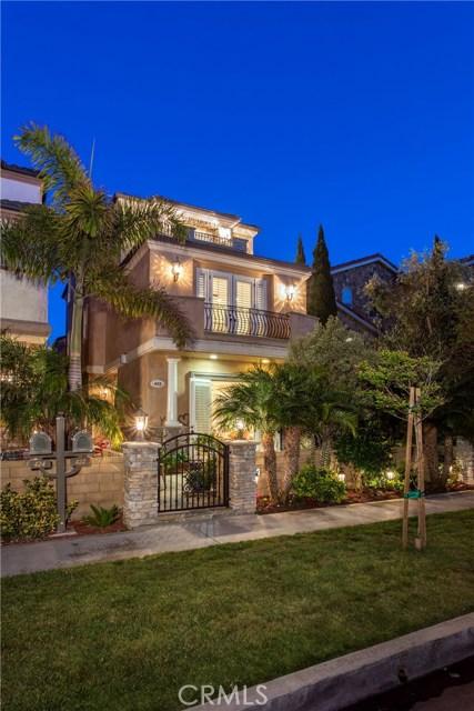 Single Family Home for Sale at 422 11th Street Huntington Beach, California 92648 United States