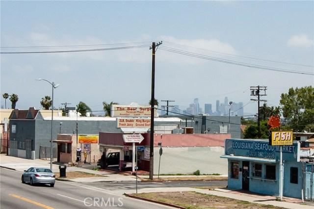 7817 S Western Avenue, Los Angeles CA: http://media.crmls.org/medias/e43e59bc-9555-4377-bc1f-a78e61fa24ee.jpg