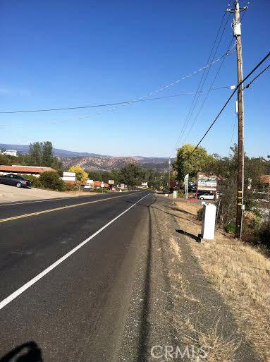 9760 State Highway 281, Kelseyville CA: http://media.crmls.org/medias/e43f6f4b-b36a-4f2f-9a45-01cf6e1d16bb.jpg