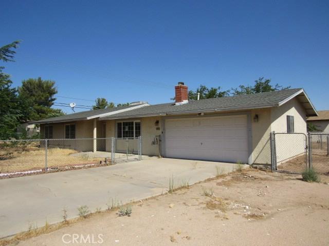 14708 Mojave Street, Hesperia CA: http://media.crmls.org/medias/e451868d-2bb7-4a0d-a542-806410463bcd.jpg
