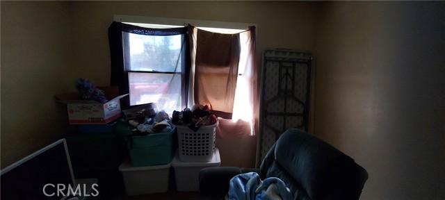 119 S Thompson Street, Hemet CA: http://media.crmls.org/medias/e461bdba-a99a-4346-a91c-4d0bb77f6575.jpg