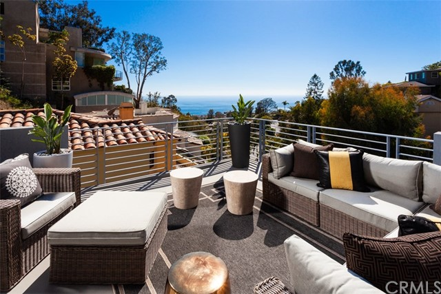 845 Summit Drive Laguna Beach, CA 92651 - MLS #: NP18107772