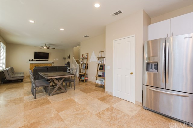 102 Millbrook, Irvine, CA 92618 Photo 4