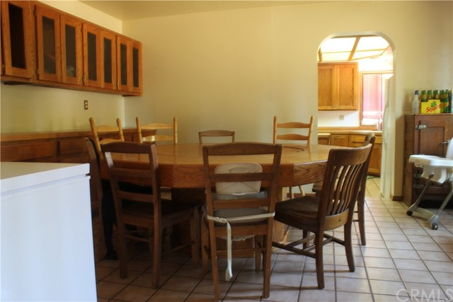 37 Caruthers Lane, Chico CA: http://media.crmls.org/medias/e4708021-4699-4353-9055-0d7afd06d4e4.jpg