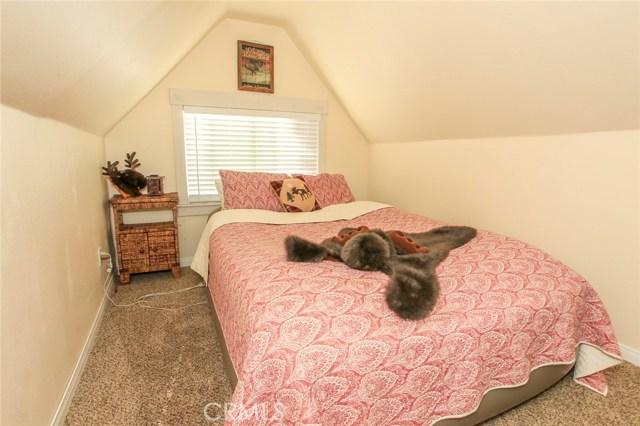 562 Vista Lane Sugar Loaf, CA 92386 - MLS #: EV17154530