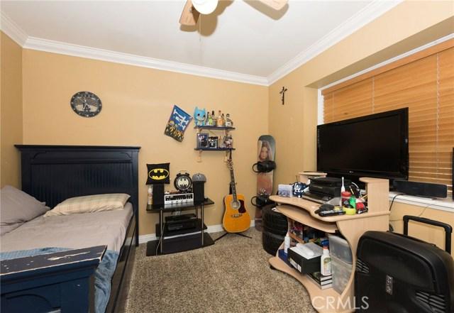 4215 Lynoak Drive Claremont, CA 91711 - MLS #: CV17162433