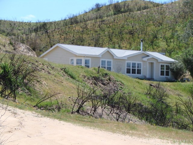 Property for sale at 9725 Huer Huero Road, Creston,  California 93432