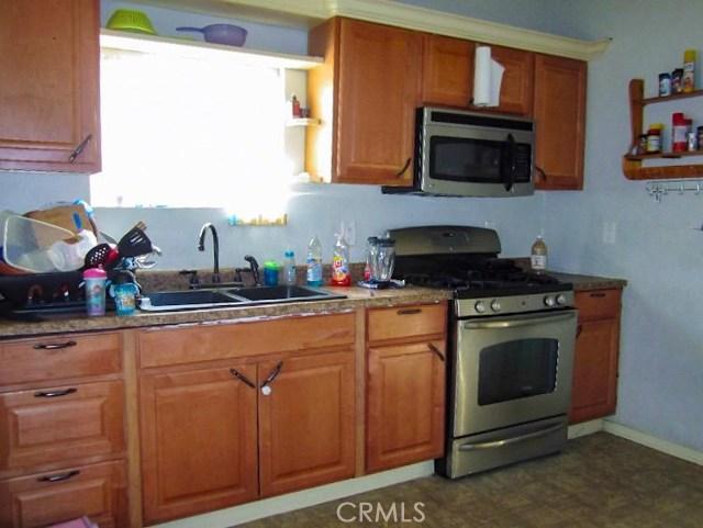 1174 E 41st Place, Los Angeles CA: http://media.crmls.org/medias/e4834dde-0629-4daa-8609-064b4fa72d74.jpg