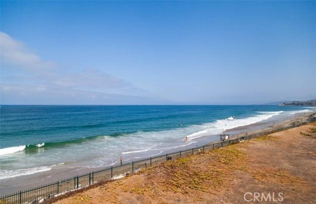 1 Strand Beach Drive, Dana Point CA: http://media.crmls.org/medias/e4849e84-0622-47f9-b8fe-7863f915718c.jpg