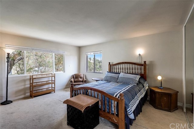 440 W Randall Avenue, Rialto CA: http://media.crmls.org/medias/e49df655-45f5-4e33-ac84-e2290382932c.jpg