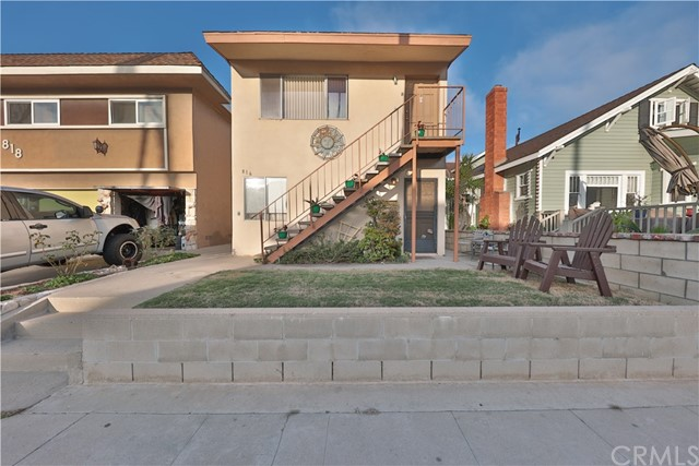 816 Palm Avenue, Huntington Beach, CA, 92648