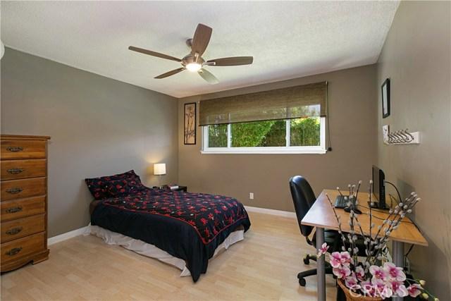 310 N Redrock Street, Anaheim CA: http://media.crmls.org/medias/e4a21f24-4cd7-46e7-b087-fca286c0d519.jpg