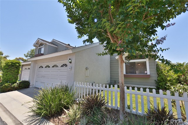 36 Winterhaven , CA 92604 is listed for sale as MLS Listing OC18217624