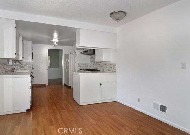 620 Michael Place, Newport Beach CA: http://media.crmls.org/medias/e4a581e3-d1d4-4a6a-84a5-200b70035050.jpg