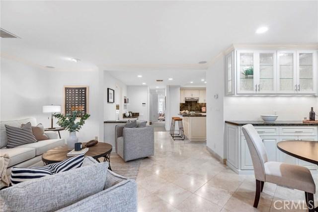 211 Iris Avenue Corona del Mar, CA 92625