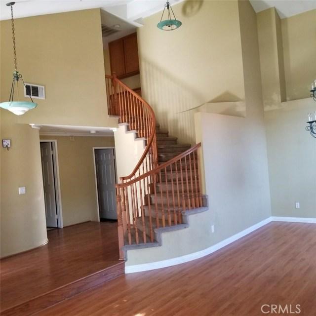 6568 bradford Court, Rancho Cucamonga CA: http://media.crmls.org/medias/e4b83580-2076-41a1-8c73-e8a9806a9ab8.jpg