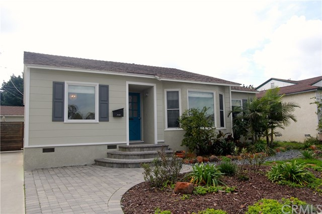 Single Family Home for Sale at 7116 Parkcrest Street E Long Beach, California 90808 United States