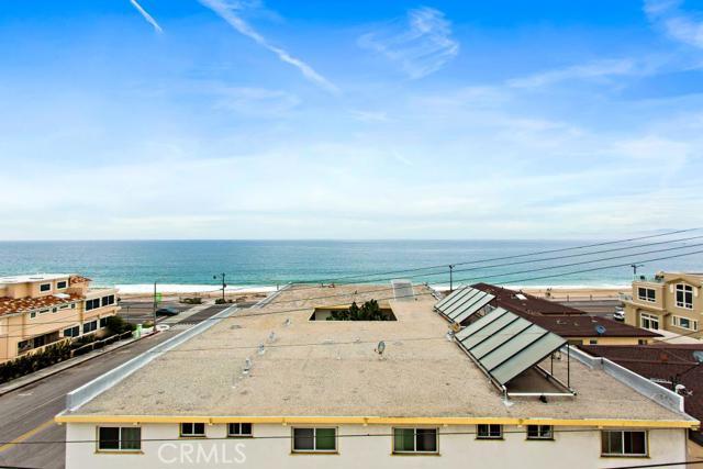 1611 S Catalina Avenue, Redondo Beach CA: http://media.crmls.org/medias/e4cfd94b-009e-4086-a2c6-d82ea5bfea3e.jpg