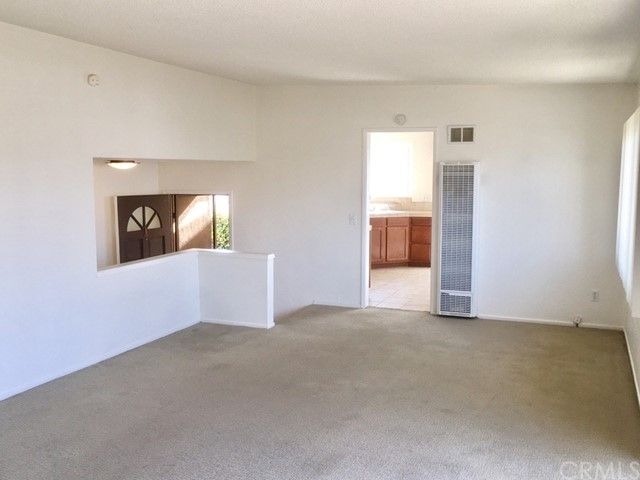 329 Encino Lane, San Clemente CA: http://media.crmls.org/medias/e4d358ff-a5f4-4675-9864-76fe727caa88.jpg