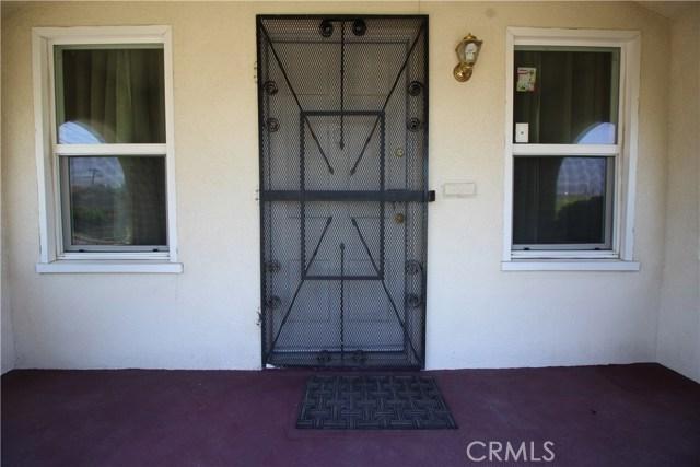 798 Bunker Hill Drive, San Bernardino CA: http://media.crmls.org/medias/e4d68933-9728-4ed0-82ab-f3c7ec488bd0.jpg
