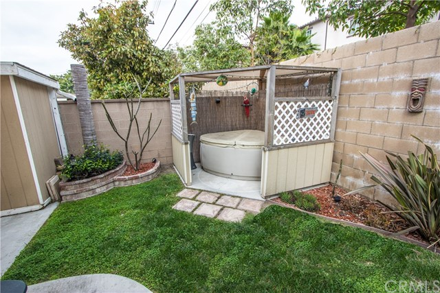 2525 W Clearbrook Ln, Anaheim, CA 92804 Photo 41