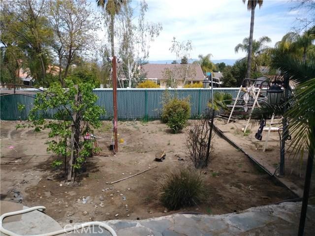 31382 Montgomery Avenue, Nuevo/Lakeview CA: http://media.crmls.org/medias/e4ebcd76-8db8-42b6-9f8e-1ed000c1e8a0.jpg